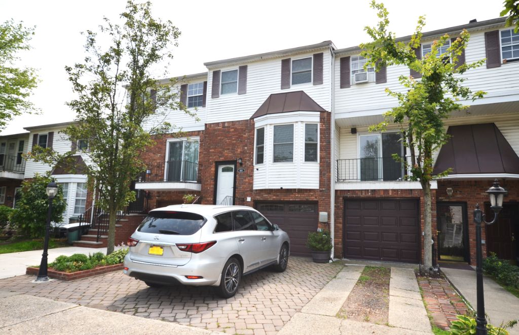 Renovated 3-bedroom/4-bath townhouse with lots of upgrades throughout.